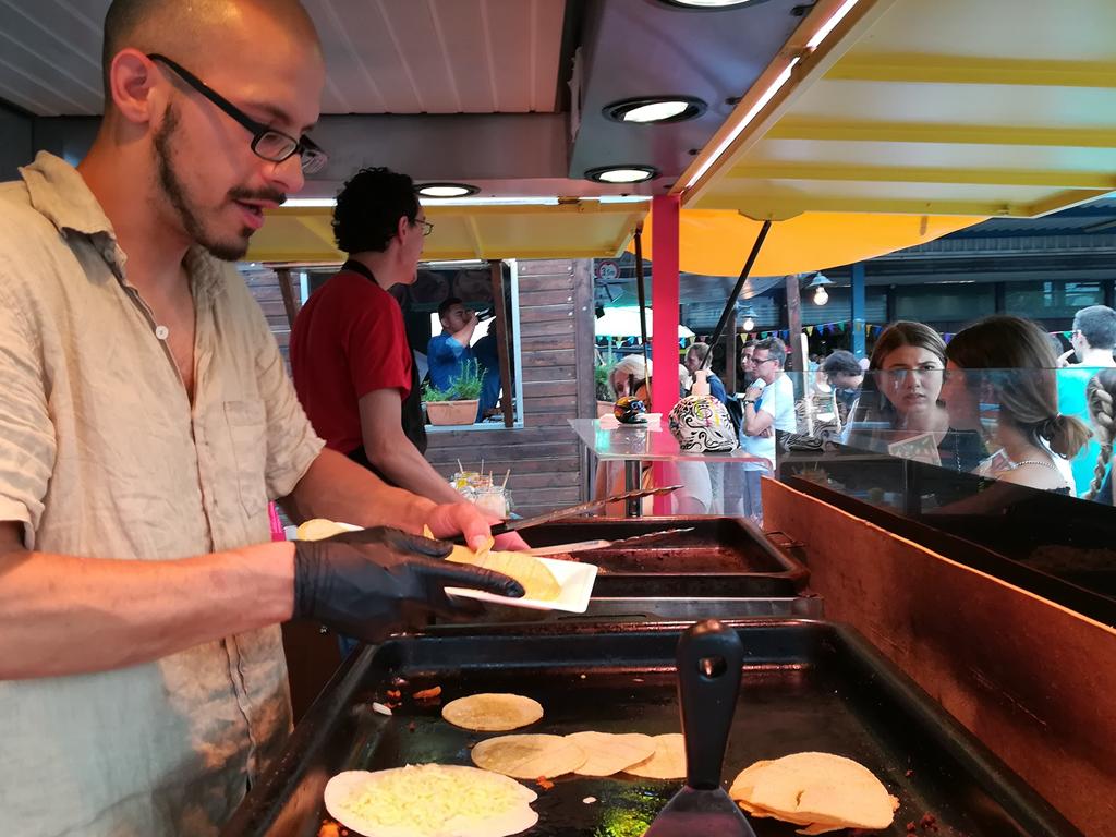 tacos-los-carnales-3