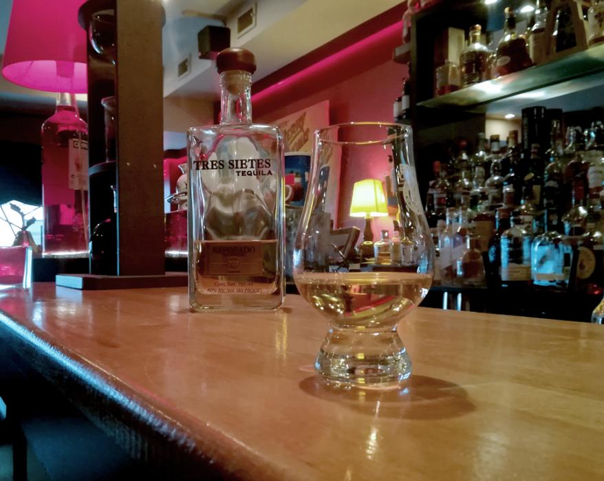 tres sietes 777 ultra premium tequila reposado